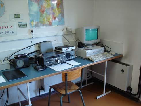 Station VHF-UHF